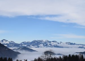 Kala Alm Ausblick auf Bergpanorama
