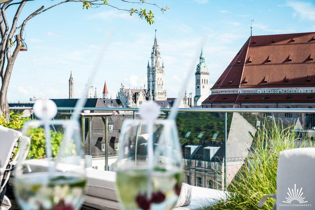Ausblick von der Dachterasse Hotel Bayerischer Hof