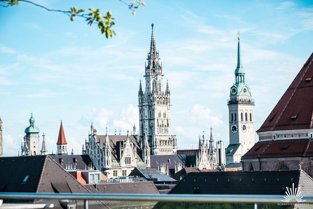 Ausblick Peterskirche der Dachterasse