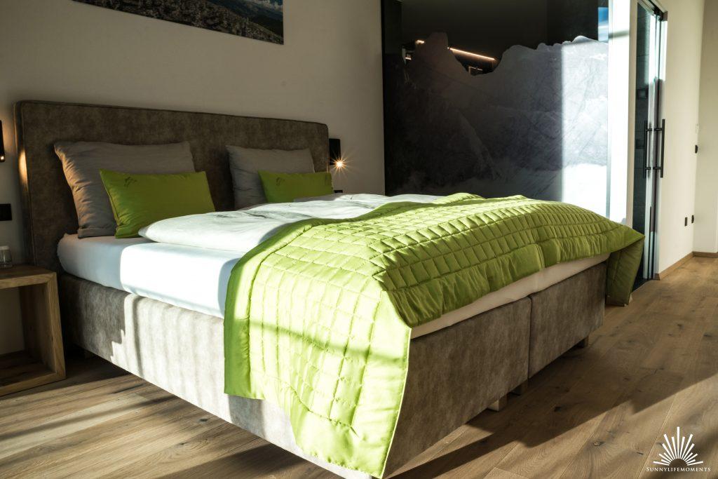 Schlafbereich und Glasbad