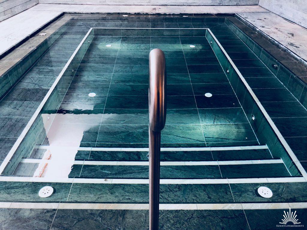 Beheizter Pool Wellnessbereich