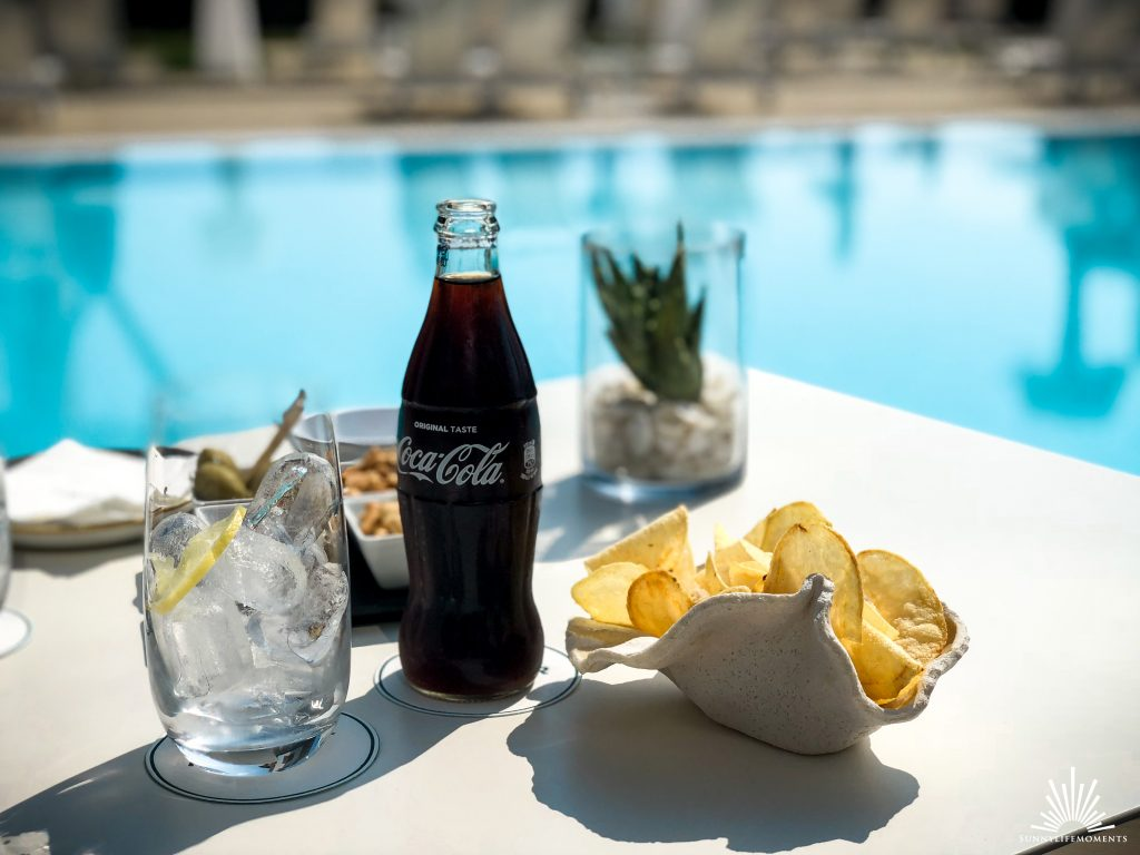 Coca Cola am Pool